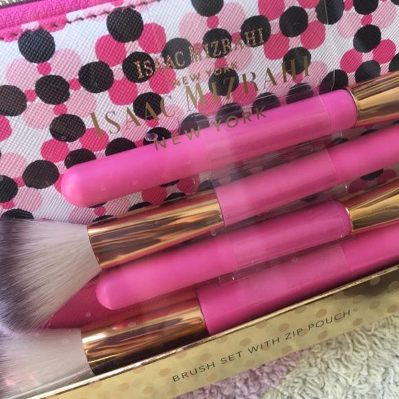•Isaac Mizrahi• Makeup Brush Set w Zip Pouch